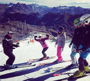 groupe ski training Tignes
