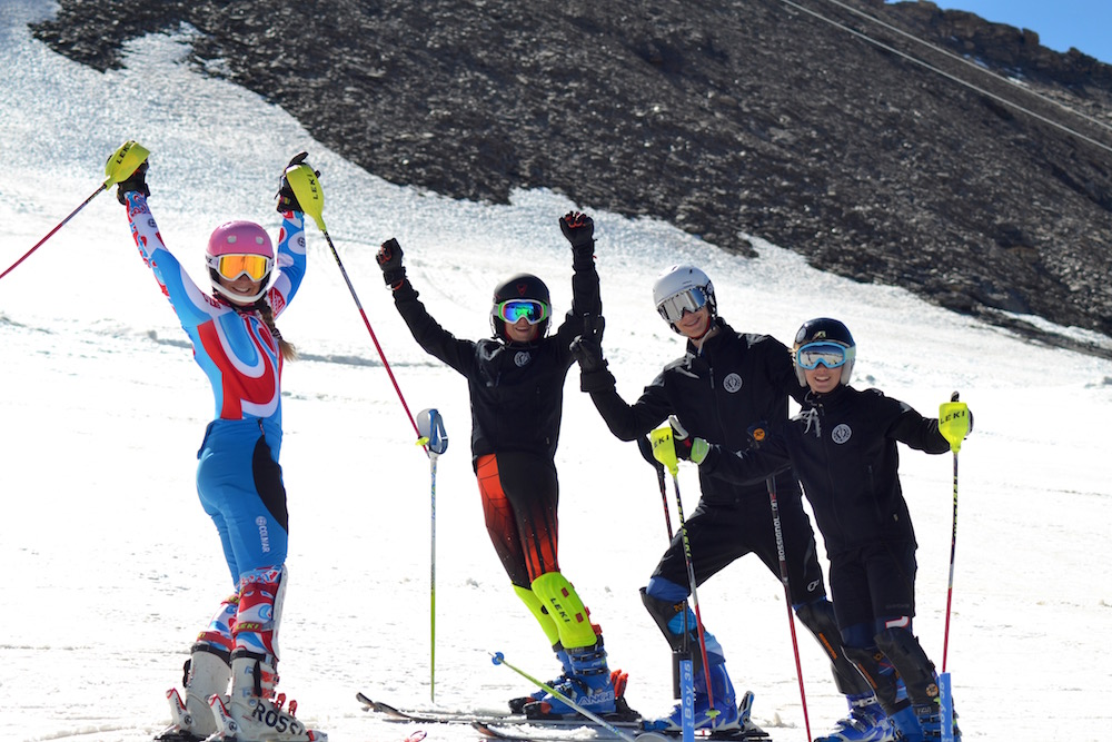 Photo de groupe , stage de ski à Val d'Isère